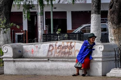 Fabio_s-LifeTour---Ecuador-(2015-February)---Ibarra---City-center---11058 COVER