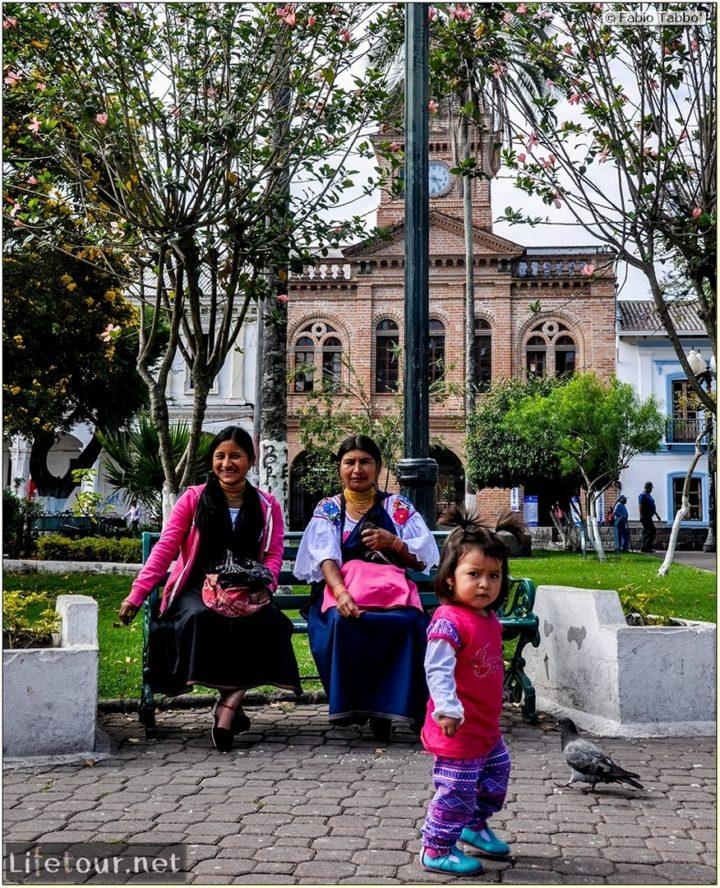 Fabio_s-LifeTour---Ecuador-(2015-February)---Ibarra---Parque-Pedro-Moncayo---10799 COVER