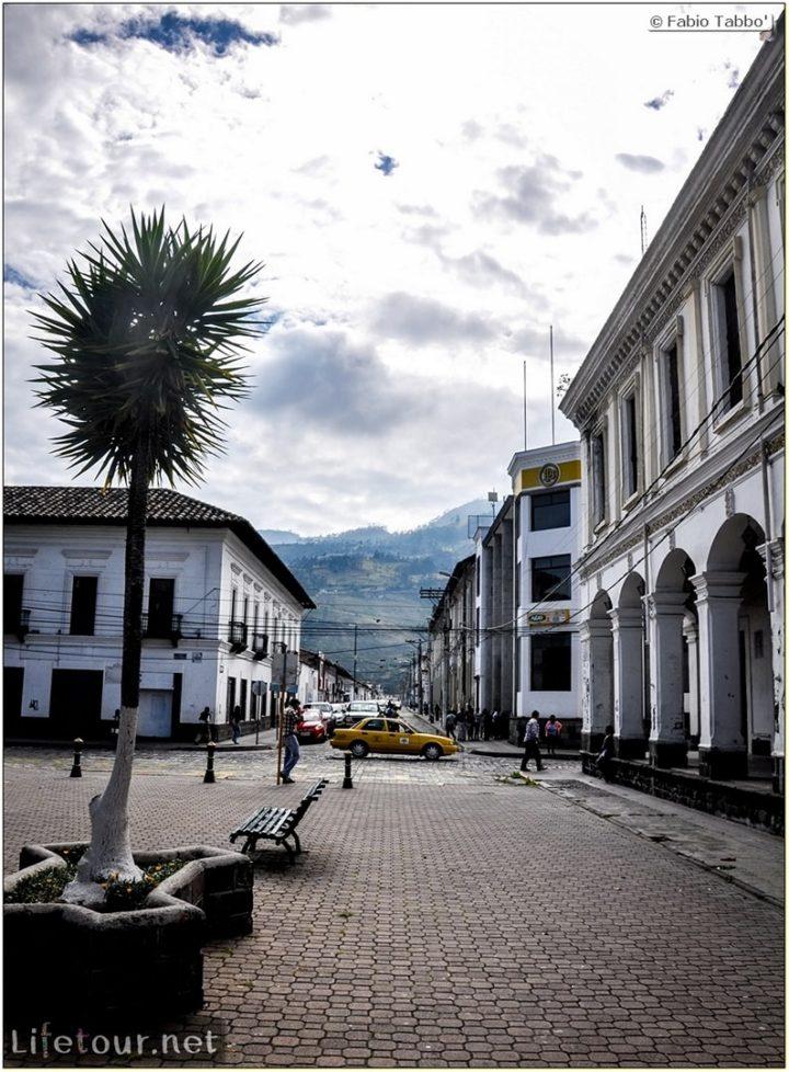 Fabio_s-LifeTour---Ecuador-(2015-February)---Ibarra---Parque-Pedro-Moncayo---10857
