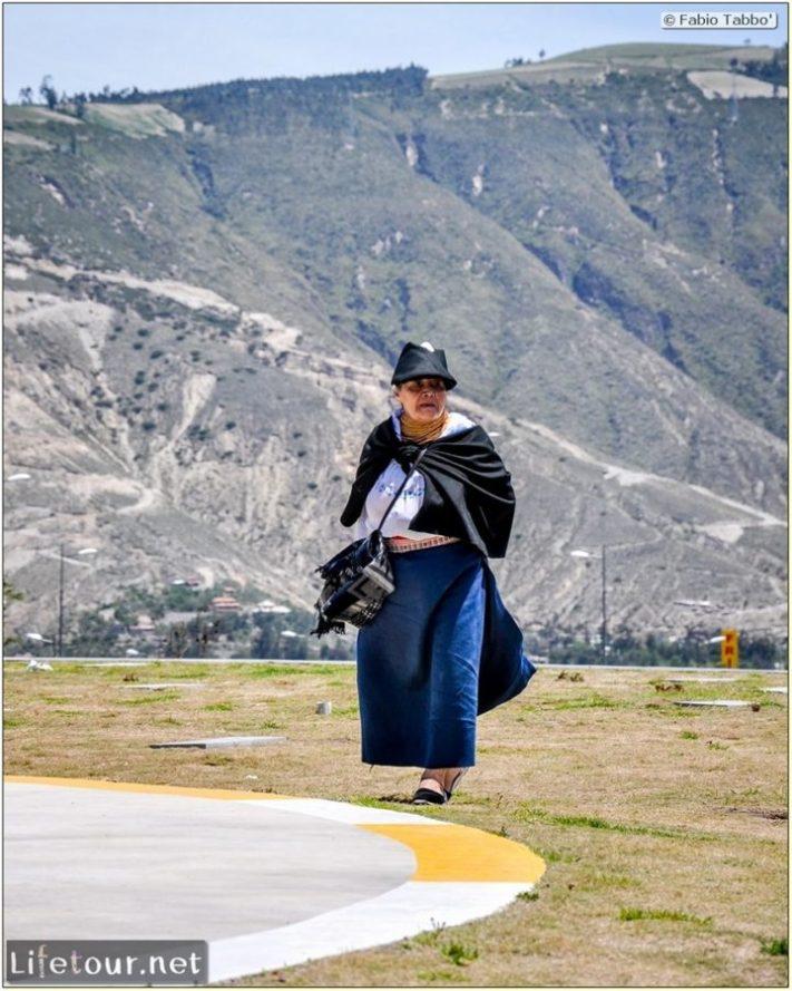 Fabio_s-LifeTour---Ecuador-(2015-February)---Mitad-del-mundo---Ciudad-Mitad-del-Mundo-(Equator-line)---10158