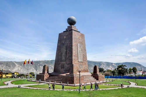 Fabio_s-LifeTour---Ecuador-(2015-February)---Mitad-del-mundo---Ciudad-Mitad-del-Mundo-(Equator-line)---11339 COVER