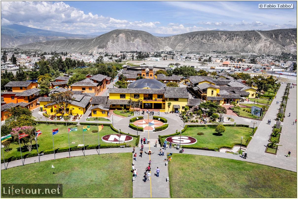 Fabio_s-LifeTour---Ecuador-(2015-February)---Mitad-del-mundo---Ciudad-Mitad-del-Mundo-(Equator-line)---11472