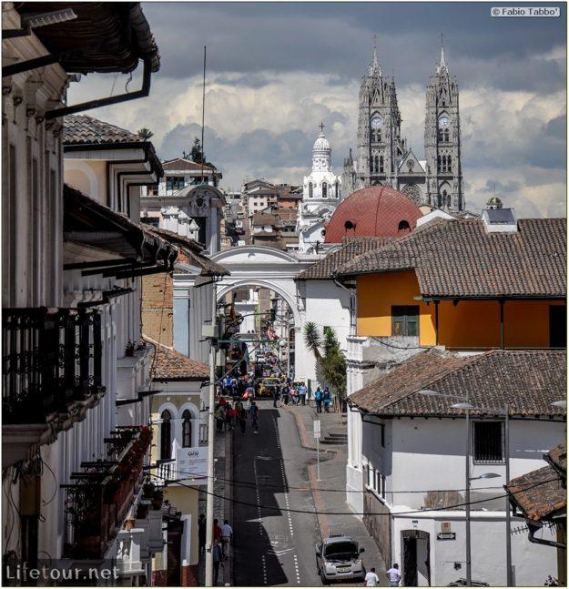 Fabio_s-LifeTour---Ecuador-(2015-February)---Quito---Plaza-Grande-(Independence-Square)---5485