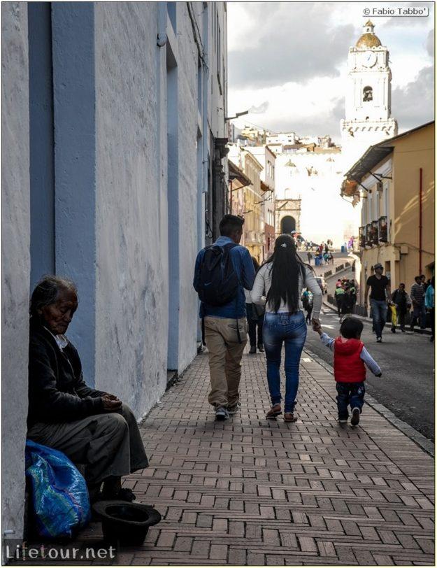 Fabio_s-LifeTour---Ecuador-(2015-February)---Quito---Plaza-Grande-(Independence-Square)---7843