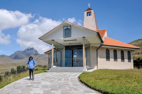 Fabio_s-LifeTour---Ecuador-(2015-February)---Quito---Teleferico---2--Church-Ermita-de-la-Dolorosa---12159 COVER