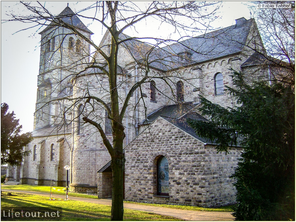 Fabio's LifeTour - Germany (2009 January) - Uckerath (Hennef) - Ev. Kirchengemeinde (Evangelical Church) - 15987
