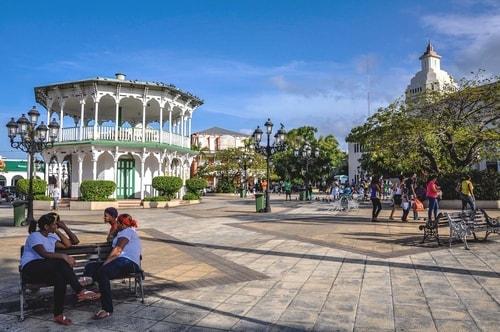 Dominican-Republic-Puerto-Plata-Plaza-Independencia-9711 COVER