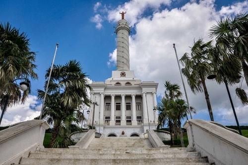Dominican-Republic-Santiago-de-los-Caballeros-Il-Monumento-6760 COVER