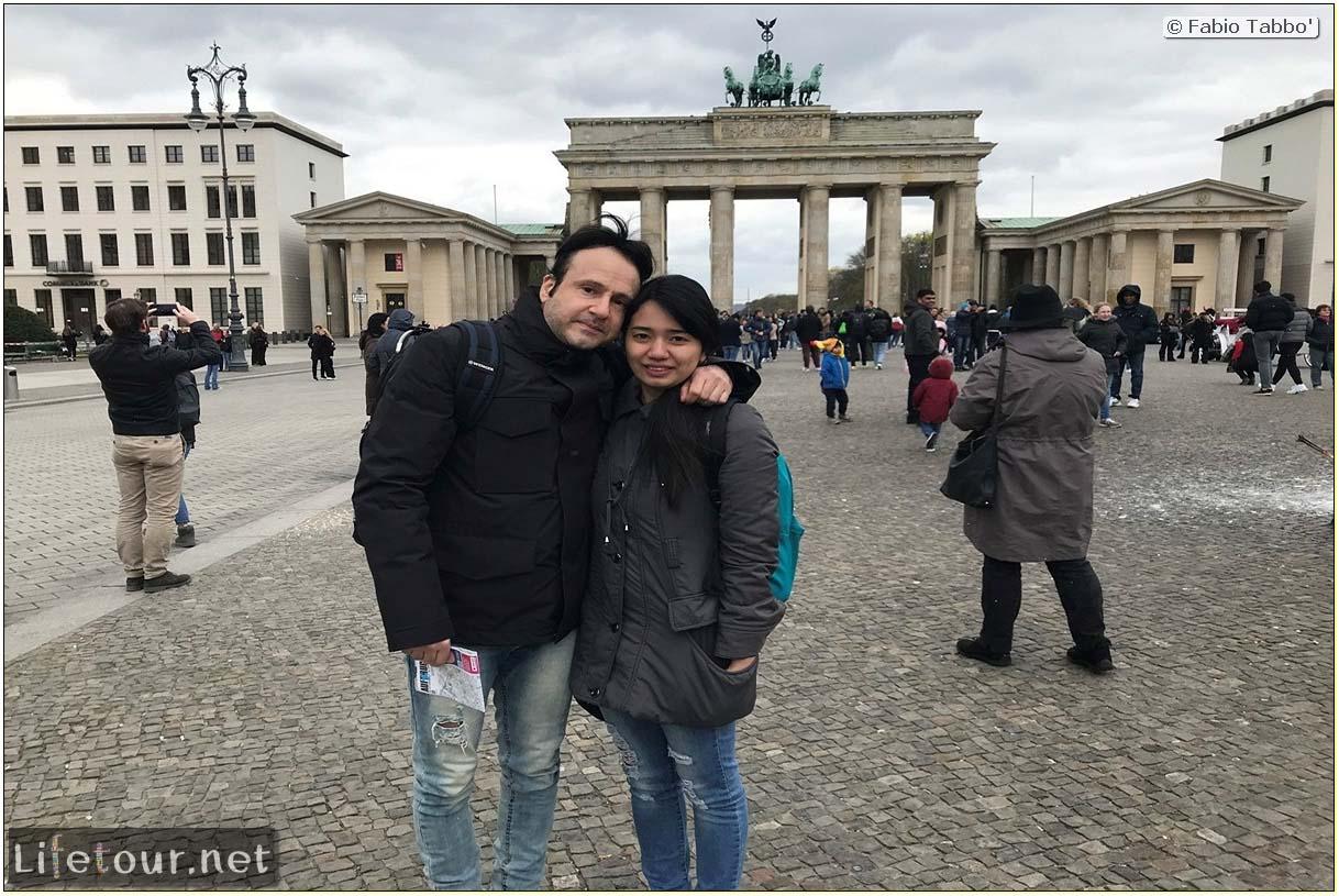 Germany-Tourism-Brandenburg Gate-47