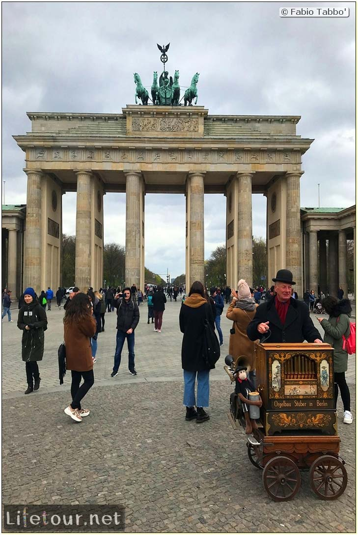 Germany-Tourism-Brandenburg Gate-48 COVER