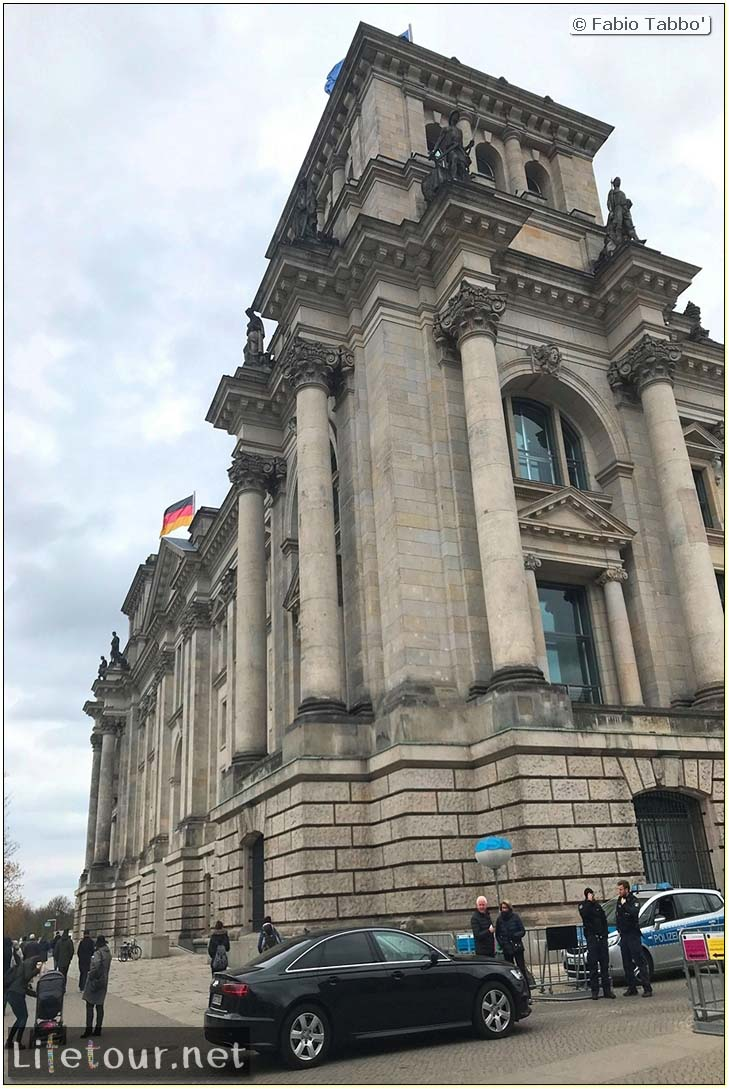 Germany-Tourism-Reichstag-2