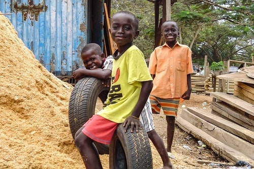 Ghana -Ashanti-Kumasi-228 COVER