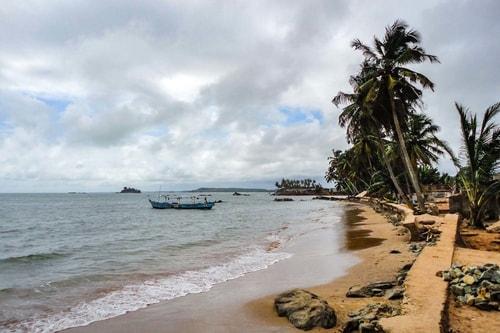 Ghana -Western region-Axim-Axim city-993 COVER