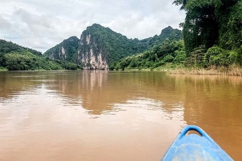 Laos-Luang-Prabang-Tourism-Kayaking-in-the-Mekong-river-18763 COVER