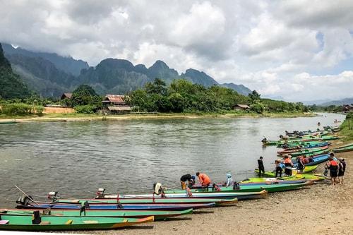 Laos-Vang-Vieng-Tourism-Vang-Vieng-City-center-18920 COVER