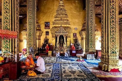 Laos-Vientiane-Tourism-Vientiane-historical-center-Wat-Si-Muang-19062 COVER