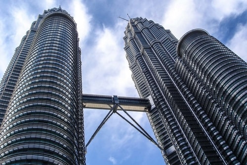 Malaysia -Kuala Lumpur-Petronas Tower-20677 COVER