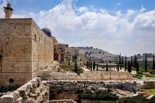 Israel-Jerusalem-Tourism-City-center-Azarat-Yisrael-excavations-3493 COVER