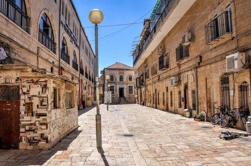 Israel-Jerusalem-Tourism-Mea-Shearim-4602 COVER