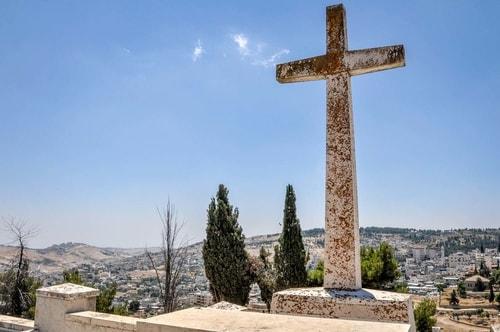 Israel-Jerusalem-Tourism-Mount-Zion-Oscar-Schindler-cemetery-6948 COVER