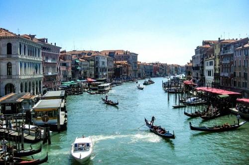 Italy -Veneto-Venice-Castello-Rialto bridge (Ponte Rialto)-14531 COVER