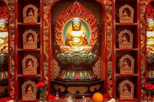 Singapore-Chinatown-Buddha-Tooth-Relic-Temple-_-Museum-18096 COVER