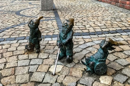 Poland 2019 01-02-Wroclaw 2019 03-The Wroclaw gnomes-5 COVER