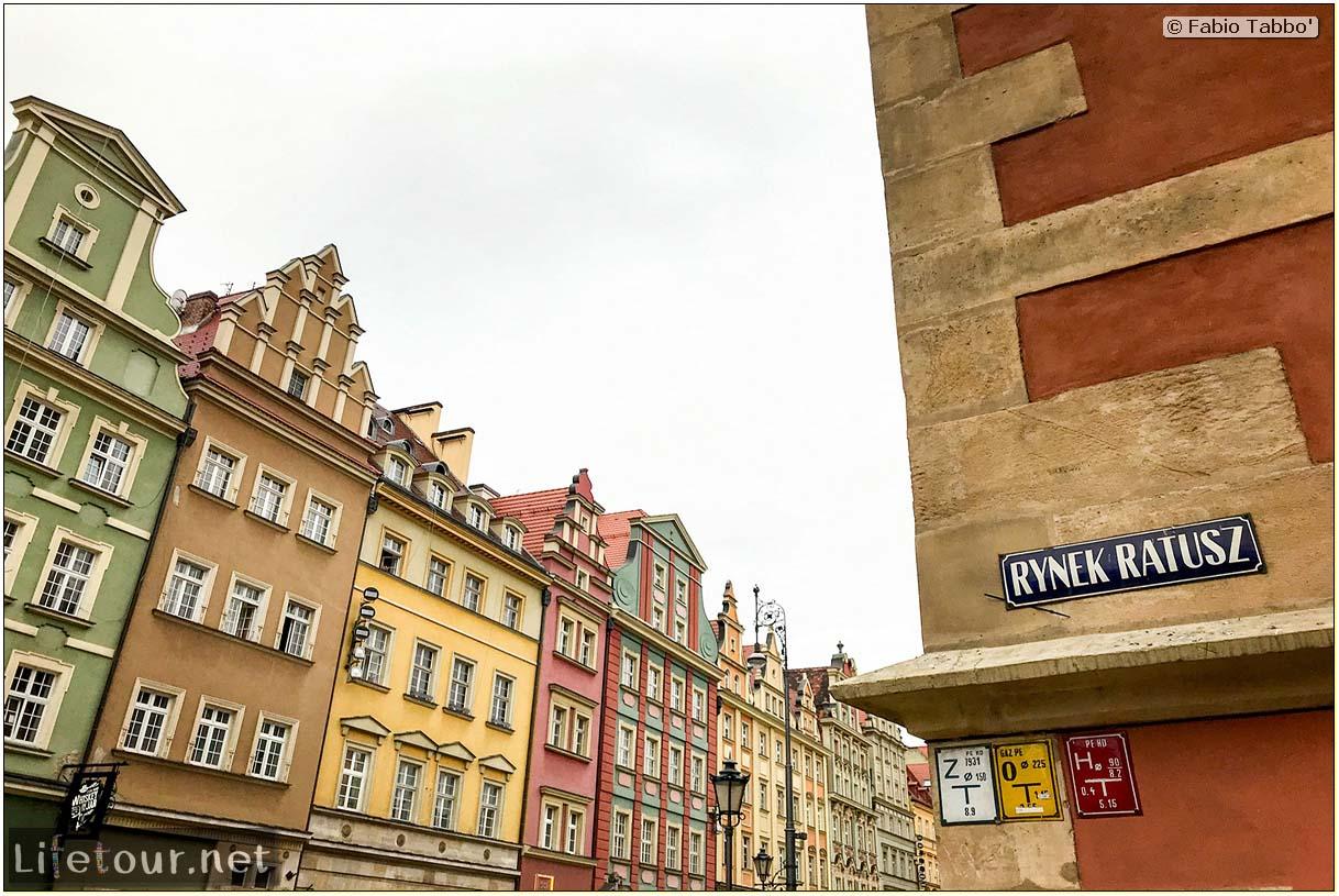 Poland-Wroclaw 2019 03-Rynek (Old Town)-16