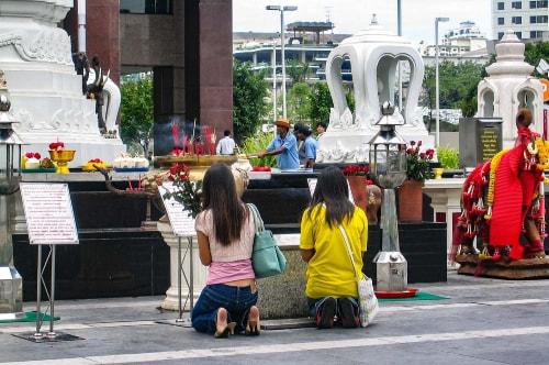 Thailand -Bangkok-Tourism-Central World shopping malls-15422 COVER