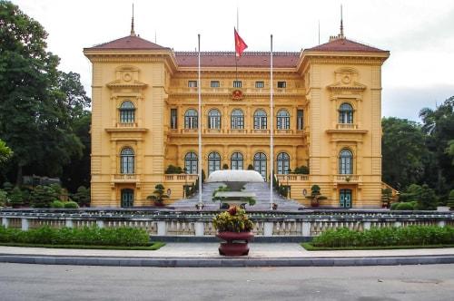 Vietnam -Ha Noi July-Tourism-Ba Dinh square (Ho Chi Minh tomb)-20634 COVER