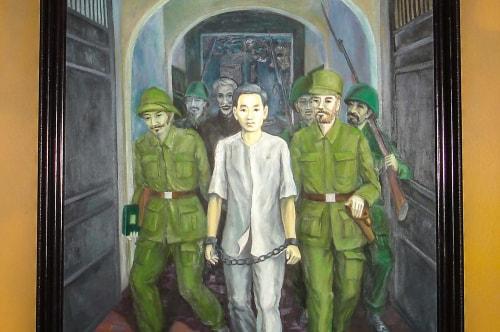 Vietnam -Ha Noi July-Tourism-Ho Chi Minh Museum-20646 COVER