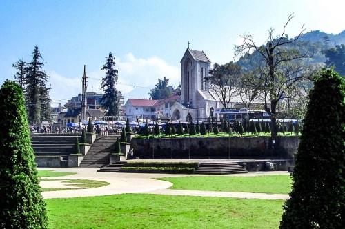 Vietnam -Sa Pa-Sapa Stone Church (Holy Rosary Church)-20790 COVER