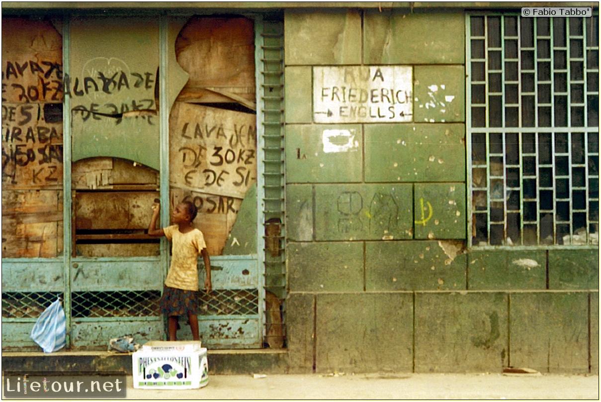 Fabio's LifeTour - Angola (2001-2003) - Luanda - Commie streets - 21107