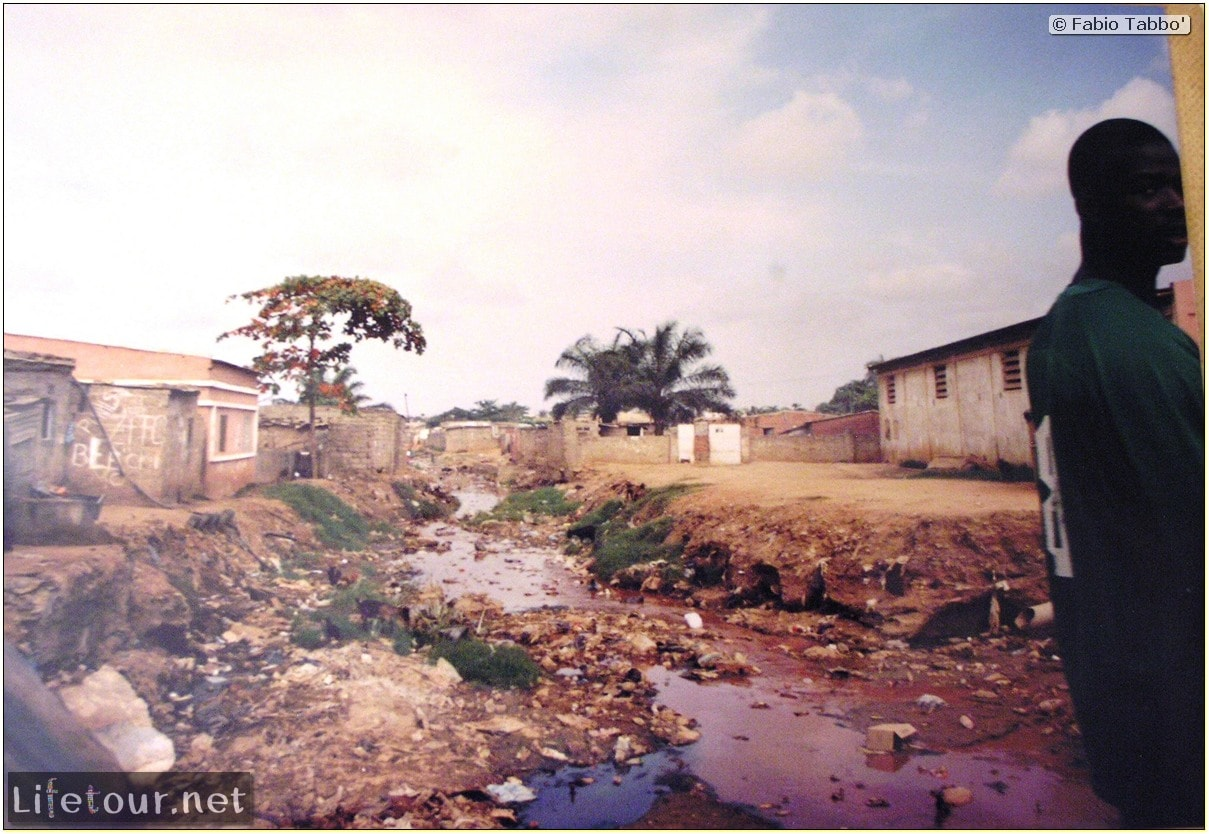 Fabios-LifeTour-Angola-2001-2003-Luanda-Luanda-slums-19742
