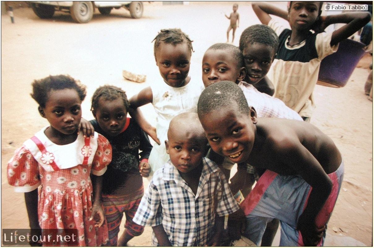 Fabios-LifeTour-Angola-2001-2003-Luanda-Luanda-slums-19773