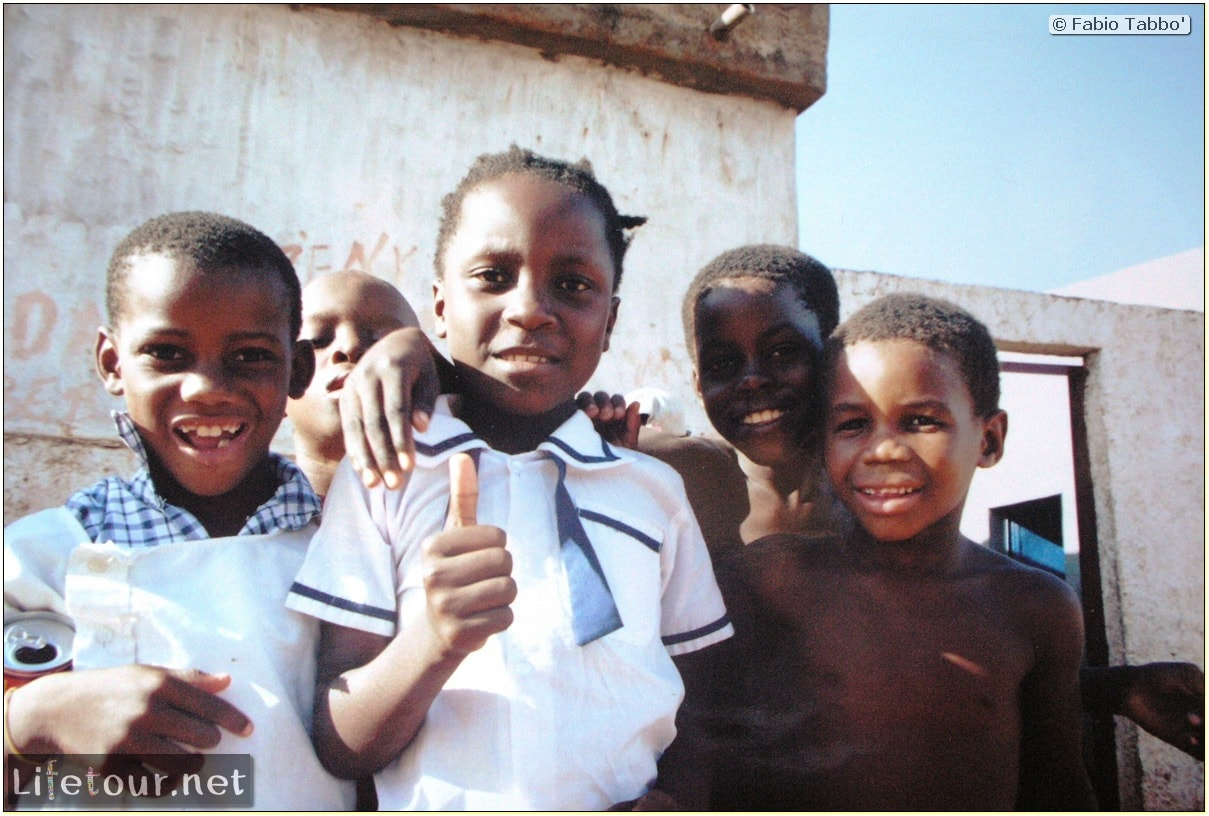 Fabios-LifeTour-Angola-2001-2003-Luanda-Luanda-slums-19775