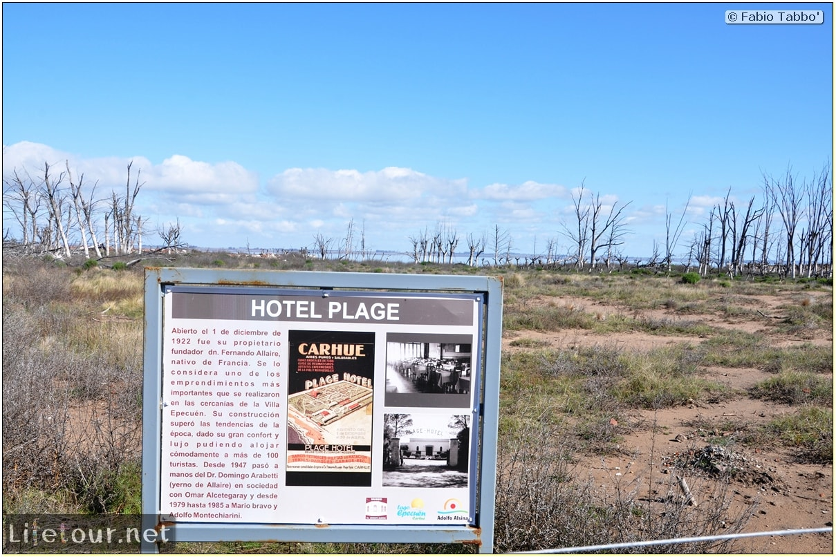 Fabios-LifeTour-Argentina-2015-July-August-Epecuen-Epecuen-ghost-town-1.-Bike-Trip-to-the-Epecuen-ghost-town-7053