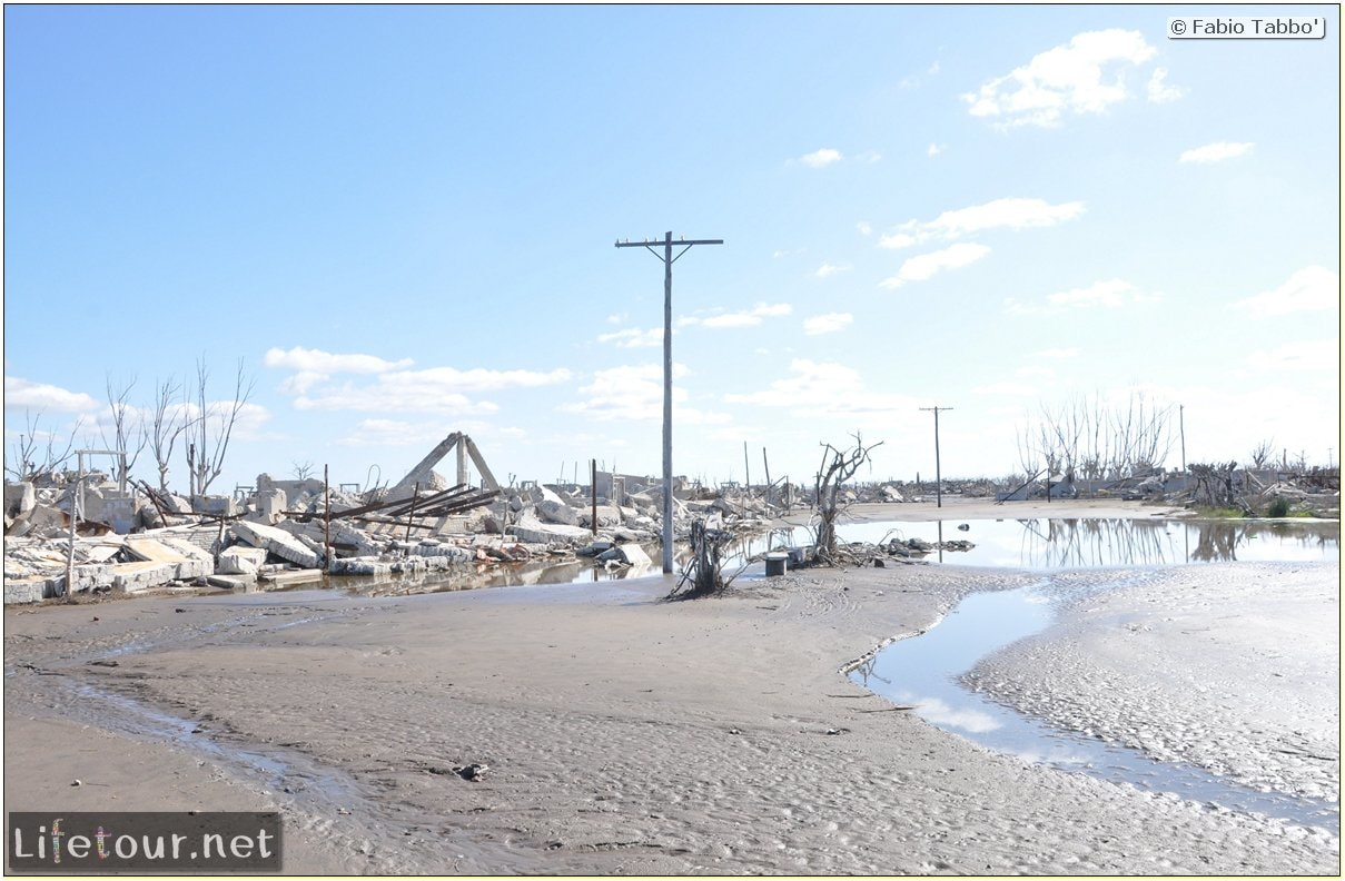 Fabios-LifeTour-Argentina-2015-July-August-Epecuen-Epecuen-ghost-town-3.-Epecuen-Ghost-town-10244