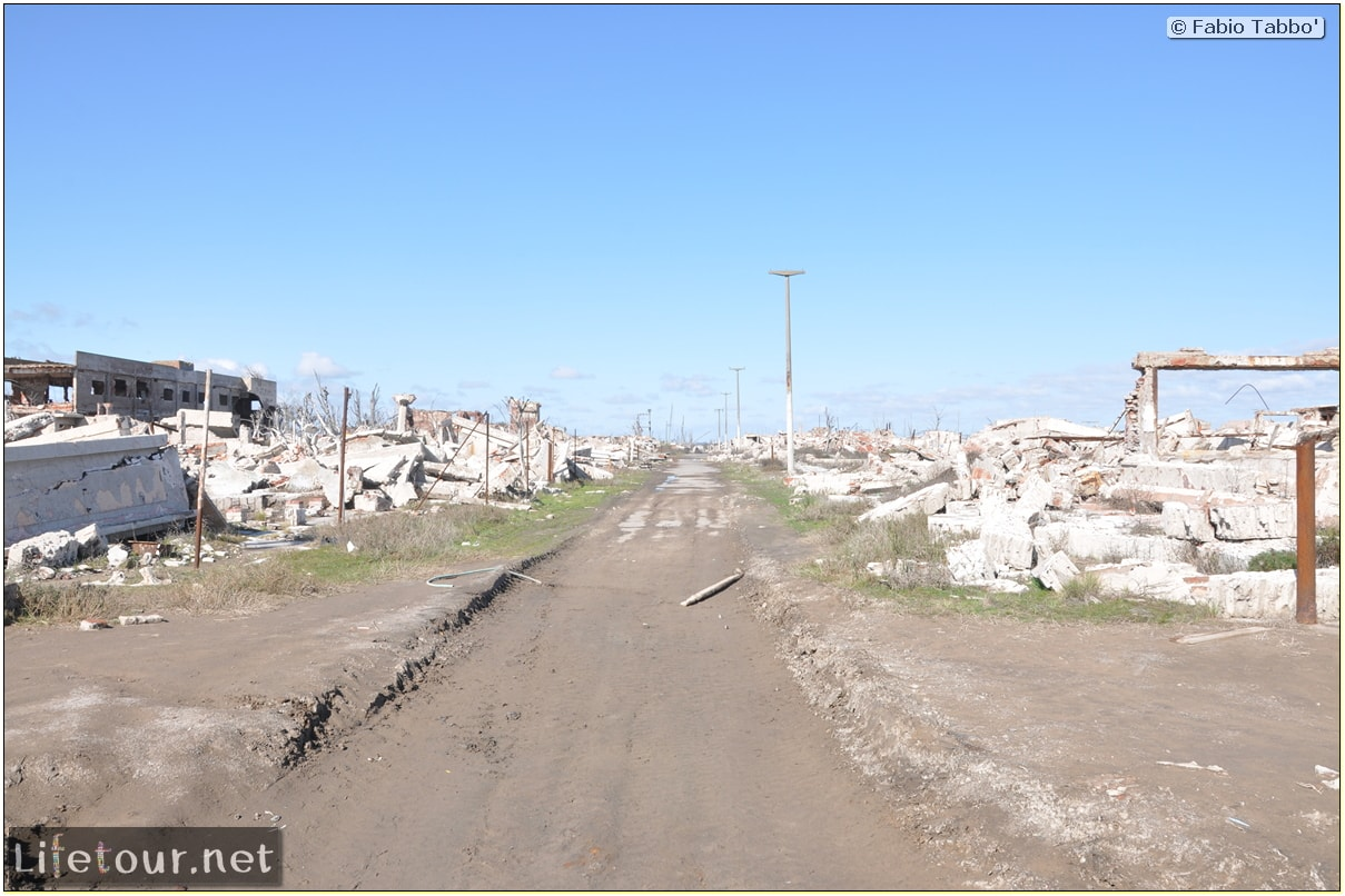Fabios-LifeTour-Argentina-2015-July-August-Epecuen-Epecuen-ghost-town-3.-Epecuen-Ghost-town-10673