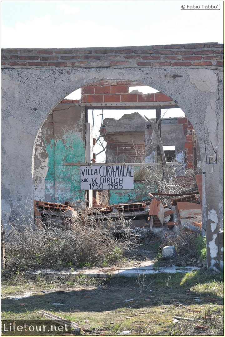 Fabios-LifeTour-Argentina-2015-July-August-Epecuen-Epecuen-ghost-town-3.-Epecuen-Ghost-town-10992