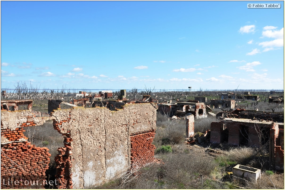 Fabios-LifeTour-Argentina-2015-July-August-Epecuen-Epecuen-ghost-town-3.-Epecuen-Ghost-town-7406