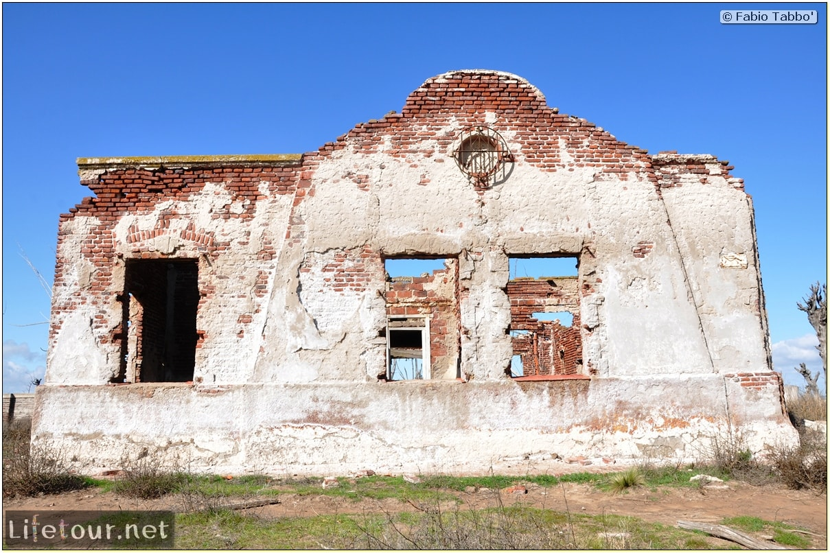 Fabios-LifeTour-Argentina-2015-July-August-Epecuen-Epecuen-ghost-town-3.-Epecuen-Ghost-town-8145