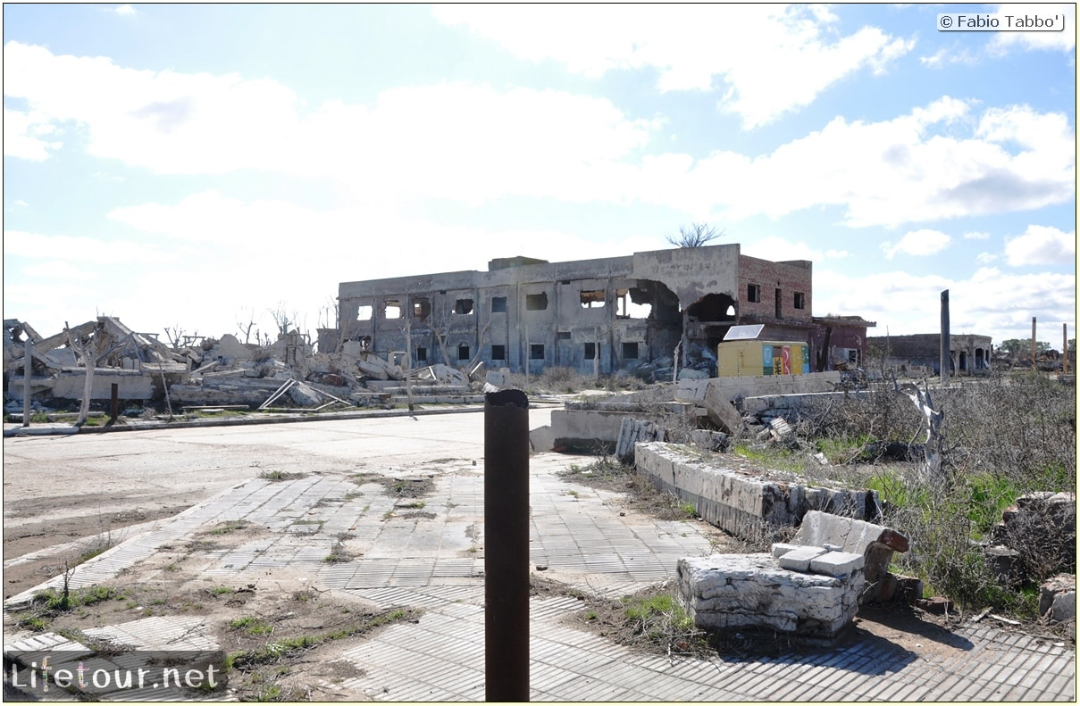 Fabios-LifeTour-Argentina-2015-July-August-Epecuen-Epecuen-ghost-town-3.-Epecuen-Ghost-town-9103
