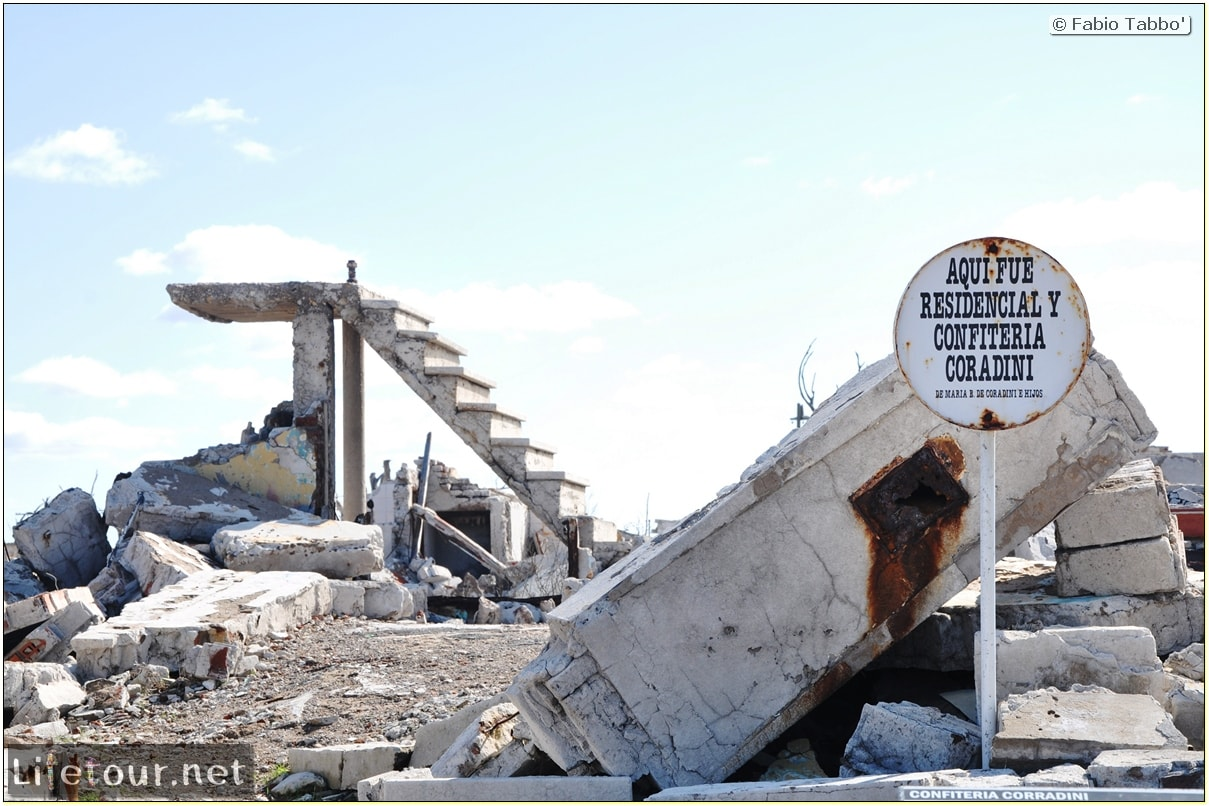 Fabios-LifeTour-Argentina-2015-July-August-Epecuen-Epecuen-ghost-town-3.-Epecuen-Ghost-town-9267