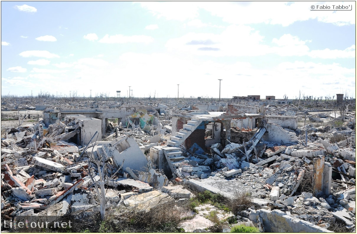 Fabios-LifeTour-Argentina-2015-July-August-Epecuen-Epecuen-ghost-town-3.-Epecuen-Ghost-town-9364
