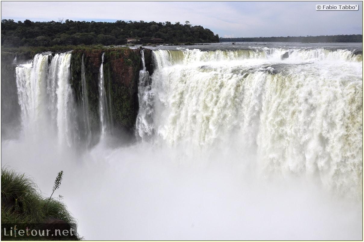 Fabios-LifeTour-Argentina-2015-July-August-Puerto-Iguazu-falls-The-Iguazu-falls-2630-cover-1