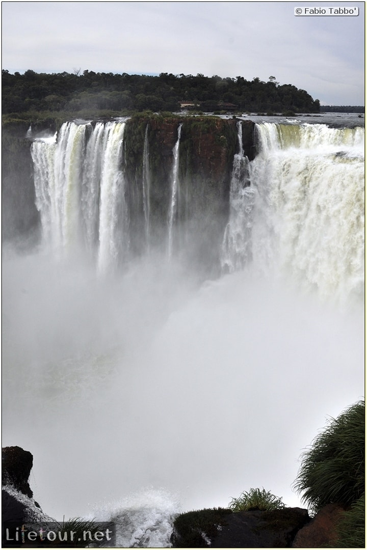 Fabios-LifeTour-Argentina-2015-July-August-Puerto-Iguazu-falls-The-Iguazu-falls-3709