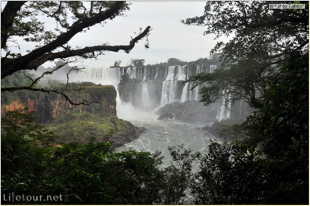 Fabios-LifeTour-Argentina-2015-July-August-Puerto-Iguazu-falls-The-Iguazu-falls-7645