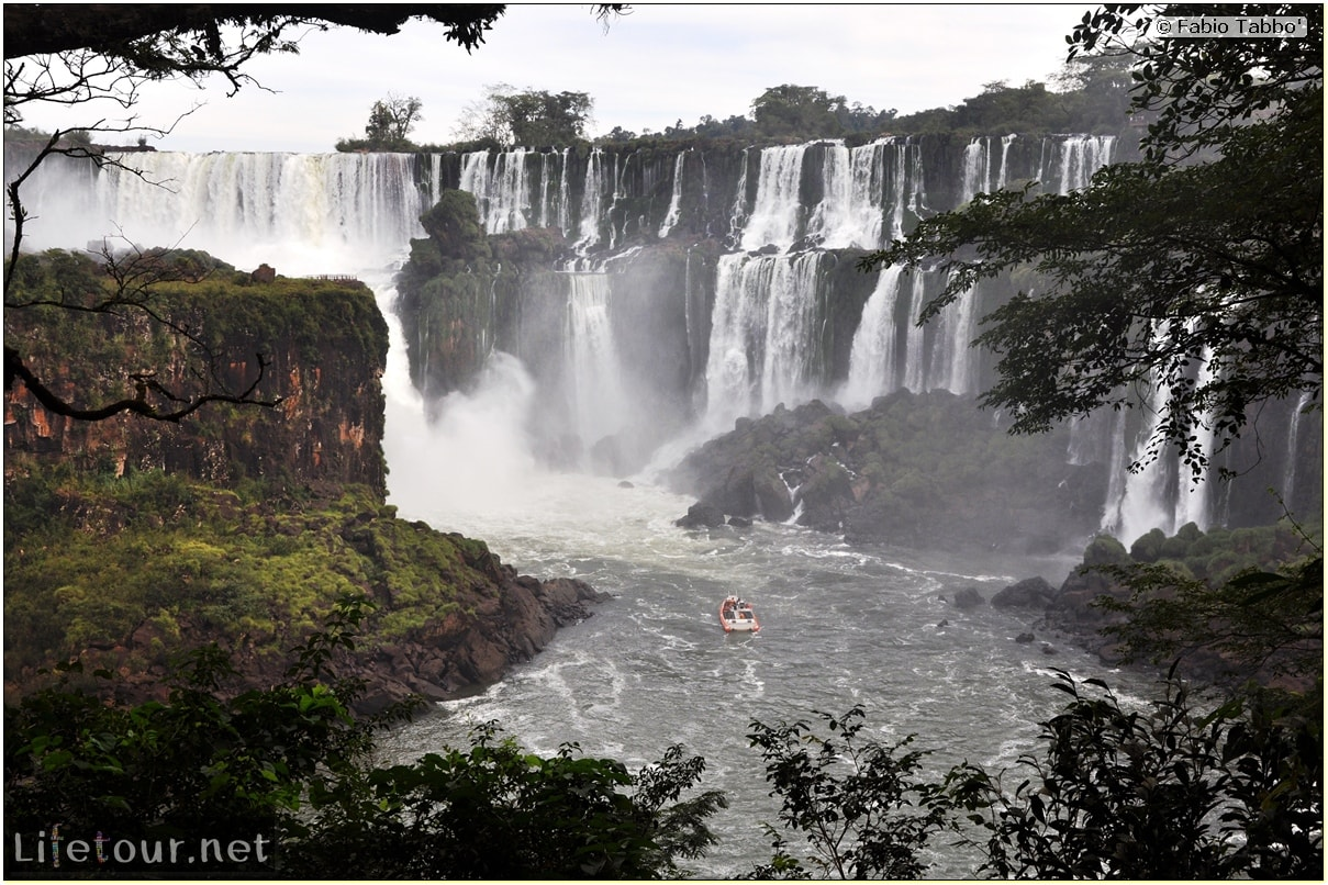 Fabios-LifeTour-Argentina-2015-July-August-Puerto-Iguazu-falls-The-Iguazu-falls-7715-cover