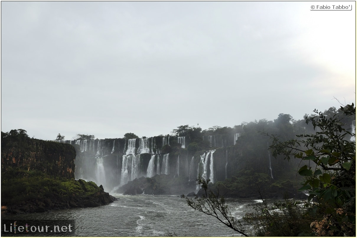 Fabios-LifeTour-Argentina-2015-July-August-Puerto-Iguazu-falls-The-Iguazu-falls-8371